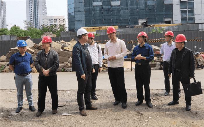 曹晓钟副市长赴2019数博会铜仁分